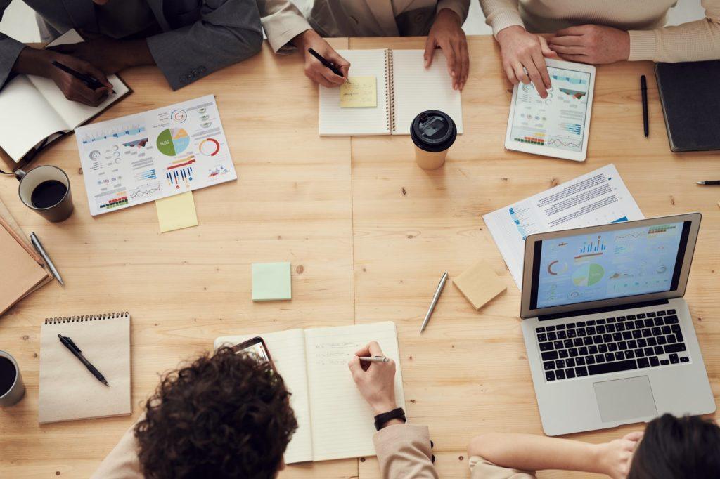 agenzia partner di alibaba.com